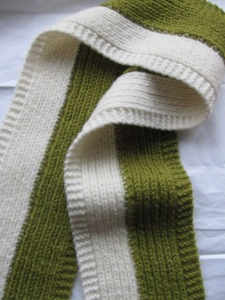 Green & Cream Scarf