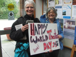 Ginnie & Doris who love theatre! (gave good life tips too!)
